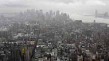 Cielo mayormente nublado y posibilidad de tormenta en Nueva York