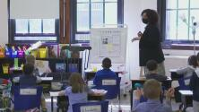 Alerta ante variante del covid-19 que se propaga entre niños y jóvenes: preparan pruebas en escuelas