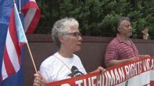 Diáspora puertorriqueña protesta frente a Naciones Unidas en Nueva York por lo que denomina una crisis humanitaria en la isla