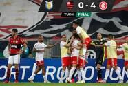 Inter goleó a un Flamengo en el que expulsaron a Gabigol