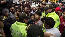 """¡Dios quiera que nos dejen pasar!"": Ecuador comenzó a pedir visas a los venezolanos este lunes"