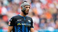 Klaus Gjasula, el 'nuevo Petr Cech', exige cascos para todos