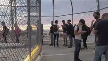 Todo por estudiar: el sacrificio de cientos de niños y adolescentes que cruzan a diario la frontera con EEUU para ir a clases