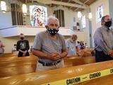 Iglesias de San Francisco y Marin seguirán exigiendo mascarillas pese a eliminación de restricciones