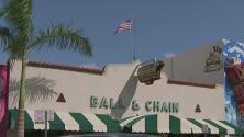 Tras varios meses de permanecer cerrado, se espera que el icónico Ball & Chain reabra pronto sus puertas