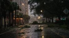 En un minuto: Ida ya es tormenta tropical y se mantiene la alerta por inundaciones tierra adentro en Louisiana y Mississippi