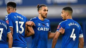 El Everton suspende a jugador acusado de delitos sexuales contra menores