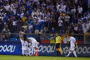 Los visitantes tuvieron que venirt de atrás en eñ segundo tiempo y logran golear a Honduras 1-4.