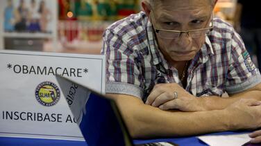 ¿Sin seguro médico en medio de la pandemia? Este es momento para inscribirse en Obamacare