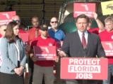 Florida anuncia nuevas acciones legales para evitar que trabajadores sin vacunarse pierdan su empleo