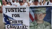 """""""No nos cansaremos"""": familiares de Chrys Carvajal marchan para exigir justicia por la muerte del joven soldado"""