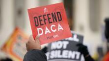 """""""Hay que buscar la apelación"""": experto analiza fallo que bloquea nuevas solicitudes de DACA"""