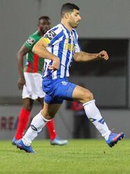 El Porto se impone a Marítimo 2-1, cerrando la Jornada 20 de la Liga de Portugal. Los goles para los 'Dragones Azules' corrieron a cargo de Matheus Uribe al minuto 14 y un penal de Otavio da Silva Monteiro al minuto 94, ayudó a que el equipo sumara los 3 puntos. Jesús 'Tecatito' Corona jugó los 90 minutos.