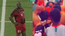 ¡Increíble! Vicepresidente de Surinam da dinero a jugadores del Olimpia