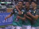 ¡Golazo de León! Ángel Mena se escapa y anota el 1-0 con una vaselina