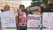Abogados expertos dan consejos a los beneficiarios de DACA en caso de su cancelación