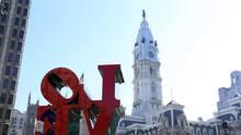 Hispanos celebran en unidad con el primer mercado latinoamericano en LOVE Park