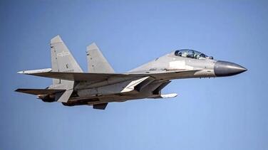 Crecen tensiones: China envía 28 aviones de combate a sobrevolar Taiwán, un número récord