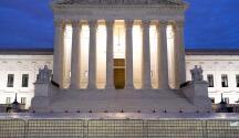 Fallo de la Corte Suprema llena de tranquilidad a cientos o miles de inmigrantes