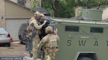 Testigos narran momentos de pánico con situación de atrincherado en Austin