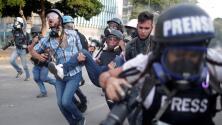 Ya son más de 100 heridos por los violentos enfrentamientos en Venezuela