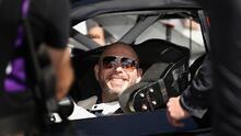 Pitbull y Daniel Suárez esperan ansiado debut en NASCAR