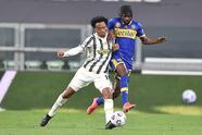 Juventus, sin problema, se impone al Parma 3-1. Gastón Brugman le daba la victoria a los visitantes al minuto 25, pero Alex Sandro se lució con un doblete. Ya fue al minuto 68 cuando Matthjis de Light selló la victoria de la 'Vecchia Signora' al 68' por la fecha 32 de la Serie A.