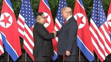 Video: Donald Trump y Kim Jong Un se dan la mano al comienzo de la histórica cumbre en Singapur
