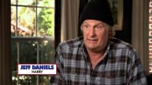 Jeff Daniels es un tonto en 'Dumb and Dumber To'