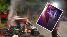 (VIDEO) Entre balas explotando, policía rescata a hombre que intentó huir y al chocar su auto se incendió