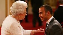 Lewis Hamilton es condecorado con el título de 'Caballero'