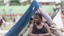 Suman casi 2,000 muertos tras el terremoto de Haití mientras la tormenta tropical complica las labores de rescate
