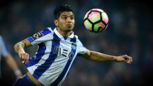 Espectacular gol de volea del 'Tecatito' con el Porto