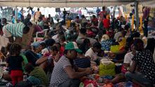 """""""Estamos totalmente llenos"""": albergues para inmigrantes en la frontera norte de México están al borde del colapso"""