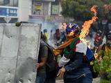 Por qué siguen las protestas en Colombia si ya el gobierno retiró su polémico proyecto de reforma fiscal
