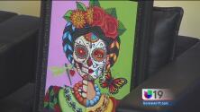 Artista hispano habla sobre cómo la muerte inspiró sus pinturas