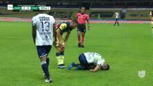 ¡Expulsión! El árbitro saca la roja directa a Richard Sánchez.