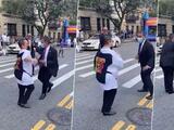 Espaillat se roba el show bailando en las calles de Washington Heights
