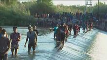 Crisis migratoria: continúa el paso de miles de indocumentados en la frontera entre México y Estados Unidos