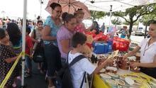 Vacunas, entrega de mochilas y alimentos: lo que se espera en la feria de regreso a la escuela de Houston