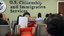 ¿No has recibido tu permiso de trabajo debido a los retrasos del Servicio de Ciudadanía e Inmigración? Esto debes hacer