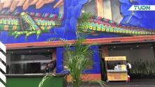 El paddock es un lugar exclusivo lleno de color