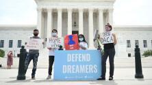 """""""Esperamos que las cortes intervengan"""": dreamers demandan la nueva regla sobre el programa DACA"""