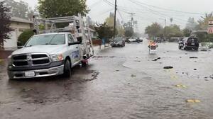 Bomberos de Santa Rosa reportan múltiples inundaciones y ordenan evacuaciones