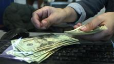 Aumento de pensiones y salarios de empleados civiles, la polémica en medio de discusión sobre presupuesto de Miami
