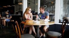 Desde este lunes puedes comer dentro de los restaurantes de Miami-Dade: conoce las normas a cumplir
