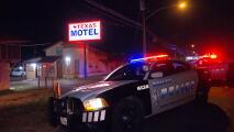 Matan a tiros a un hispano afuera de un hotel en Dallas