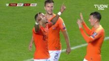 ¡GOOOL! Memphis Depay anota para Netherlands