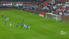 Cruz Azul marcó el segundo gol frente a León de penal