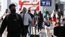 Reportan la cancelación y el retraso de algunos vuelos en aeropuertos de Houston tras explosión en Nashville